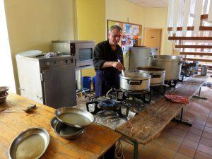 Le-chef-Christian-Didier-en-plein-travail